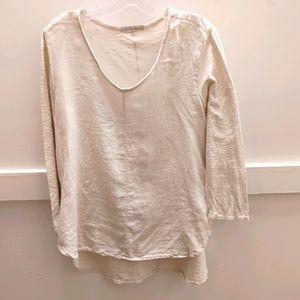 Cut loose Linen /Cotton Top.